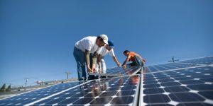 ¿Es posible instalar paneles solares en una comunidad de vecinos?